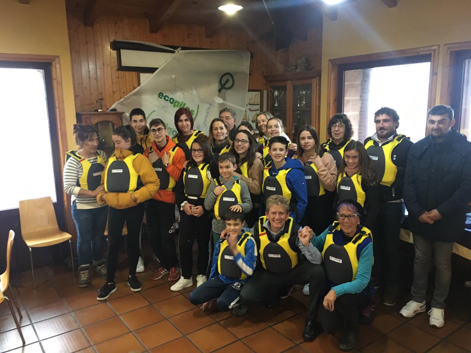 Escuela de Vela Cataventos de Corcubión