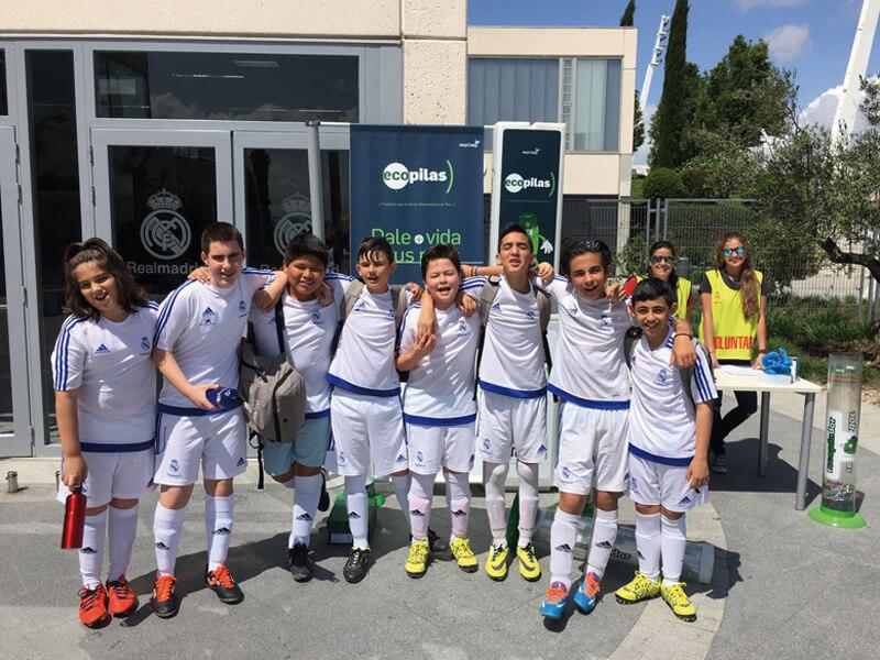 Fundación Real Madrid y Ecopilas